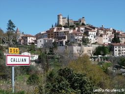 f2 au coeur du village de callian immobilier location vacances var