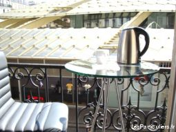 un studio plus central ? y'a pas !  immobilier appartement paris