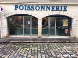 Local PLEIN CENTRE MONTFORT L'AMAURY URGENT
