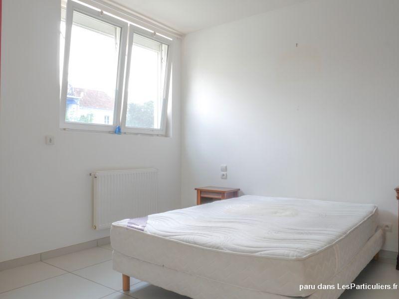 2 pices la rochelle immobilier charente maritime. Black Bedroom Furniture Sets. Home Design Ideas