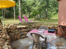 agreable cabanon en provence verte immobilier location vacances var