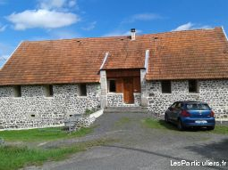 3 gîtes 4 + 1 pers ou 12 + 3 personnes  immobilier location vacances cantal