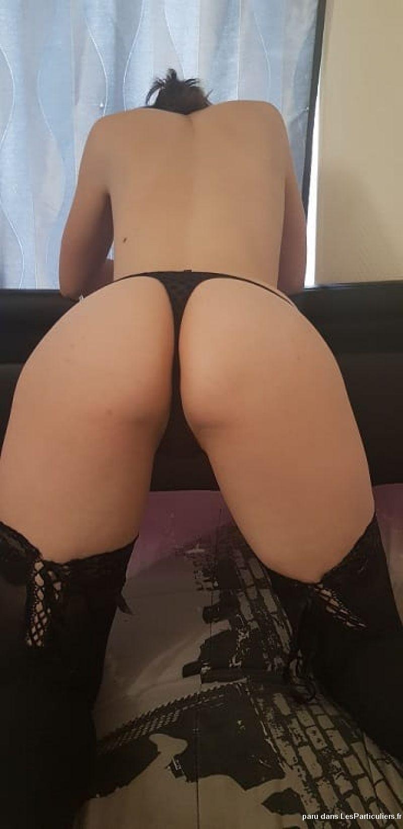 femmes nues arriere femme massage a domicille 03320
