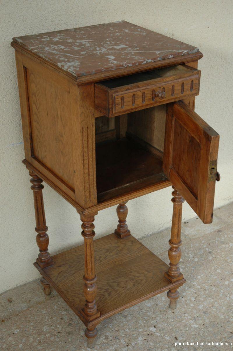 table chevet henri ii ch ne massif dessus marbre maison et jardin vienne. Black Bedroom Furniture Sets. Home Design Ideas
