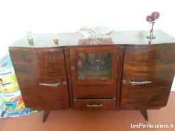 BUFFET LOCAL EN MAHOGANY