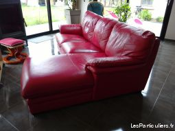 Canap� cuir rouge
