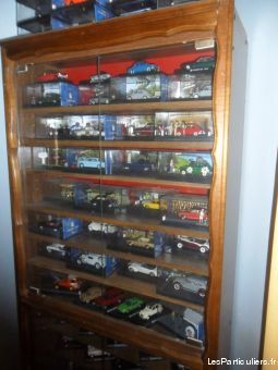 Superbe Collection de 220 voitures miniatures 1 / 43
