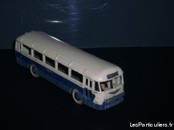 DINKY TOYS - AUTOCAR CHAUSSON (29F)