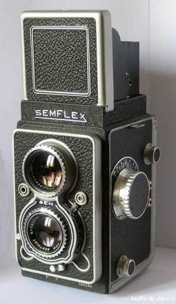 Appareil de photo vintage SEMFLEX