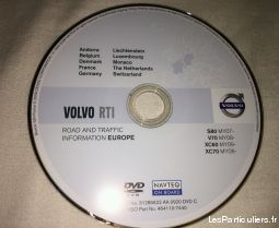 CD DVD et cartes SD GPS automobiles
