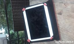 TABLETTE samsung galaxy tab 3; 10 '' (pouces)