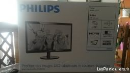 ecran d'ordinateur lcd phillips high tech image son informatique haute-savoie