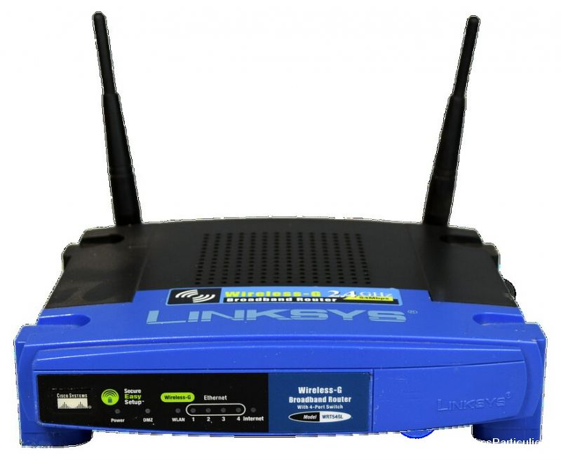 Lot 30 Routeur linksys wrt 54g l High Tech Image son Informatique Yvelines